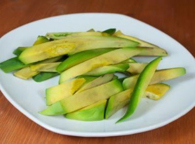 нарезка авокадо для нори-маки
