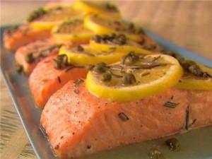 Блюдо из лосося традиционно на столе