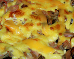 Запеченная треска с грибами и картофелем