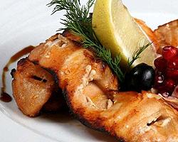 Шашлычки из лосося и креветок - для пикника