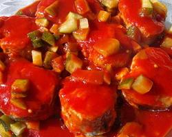 Приготовление хека в томатном соусе