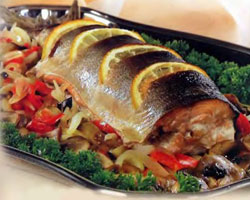 Рыба, приготовленная с овощами на пару