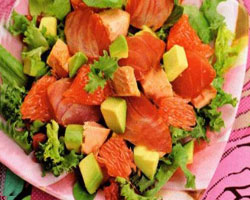 Готовим салат с копченой скумбрией